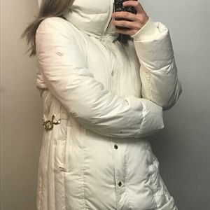 !!! Soft White Winter Jacket with feather !!!